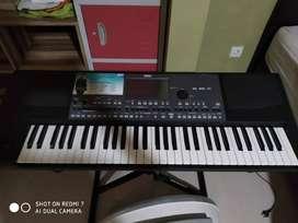 Keyboard /piano Yamaha KORG pa600