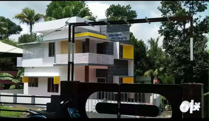 3.75 cent 1450 sqft 3 bhk new build  at aluva u.c collage  millupady 0