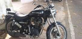 Thunderbird 350 cc black color for immediate sell