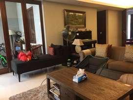 Jual Rumah Exclusive  di Pejaten