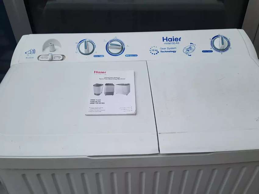 HAIER washing machine with spinner 0