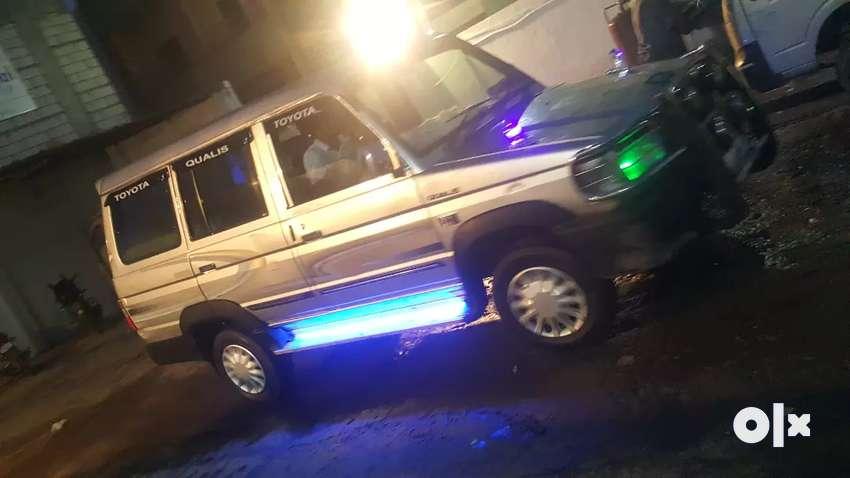 Toyota Qualis 0