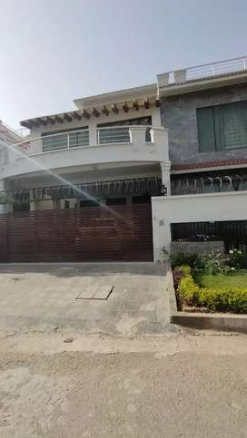 F-10, 1 kanal, 3 bed Upper Portion for Rent in just 90 Thousand.