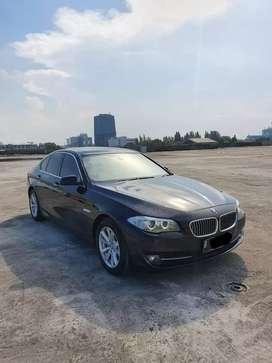 BMW 520i F10 thn 2013 LOW KM!
