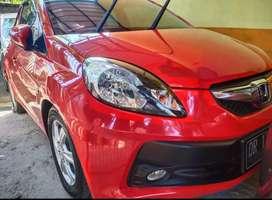 Brio Matic E 2014 akhir pemakaian awal'15.asli merah dan tgn pertama