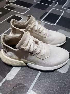 Adidas pod s.31 white size 41