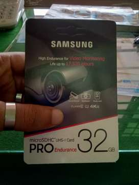 sale 32 gb samsing card with 6 month wranty