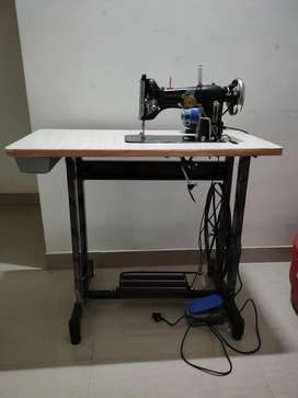 Singer Sewing Master stitching machine with electric motor