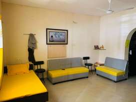 Fully Furnished Paying Guest available @ Akshar Chowk