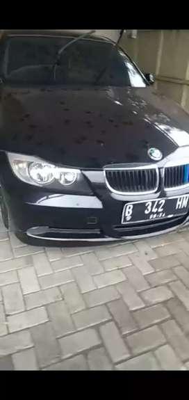 BMW 320i Kondisi Mulus siap Pakai