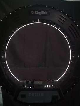 4000. Digitek original  ring light with stand