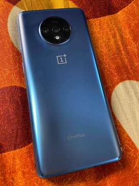 OnePlus7t in extremely good condition