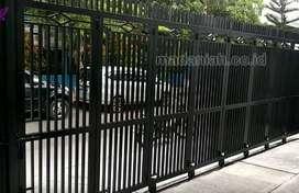 Pintu Besi Rumah Galvanis Minimalis Yogyakarta