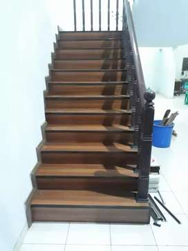 Lantai kayu tangga projek kantor perkebunan