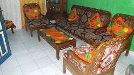 Dijual kursi tamu