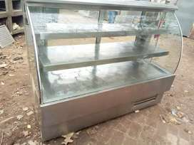Display counter fridge 5ft available