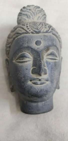 2200 year old Budha