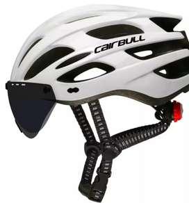 Helm sepeda cairbull berlampu berkacadepan