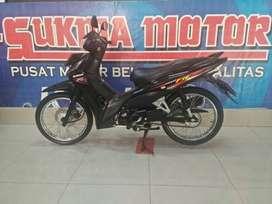 Revo FI Fit (L) 110cc Honda hitam
