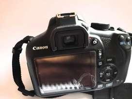 Kamera DSLR 1300 D