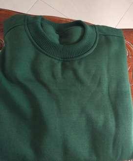 [SALE] Sweater Basic Warna Hijau Lumut Size M