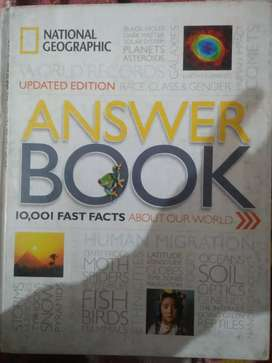 National geographic 10,001fast facts book