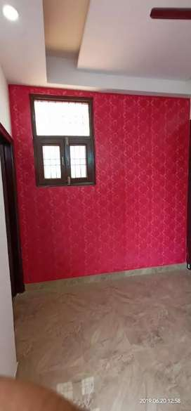 3bhk simi furnished flat prime location..a well planned project.