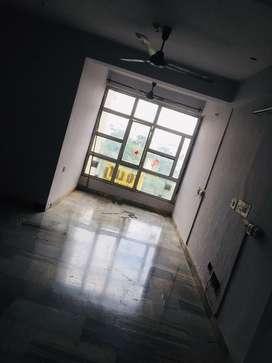 3bhk flat for rent c-scheme , near bjp office main road jaipur