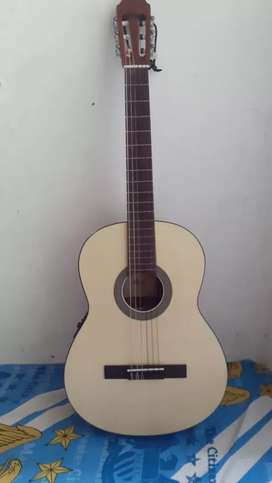 Gitar Akustik CORT C100 (No Minus)