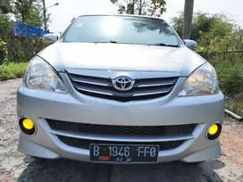 """Toyota avanza tipe """"S"""" A.T  thn 2011"""