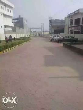 Three bhk flat for sell in tridev dham Apartments samneghat varanasi