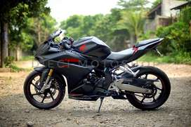 Honda CBR 250 RR Black ABS 2018 bulan 06