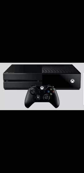 Xbox one 500GB with 2 controllers