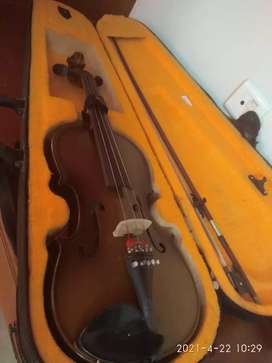 Violin with Bow and Case