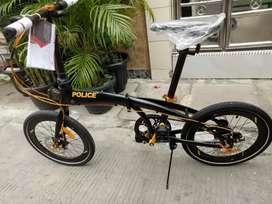 ELEMENT POLICE MILAN