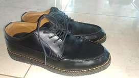 Sepatu pantofel