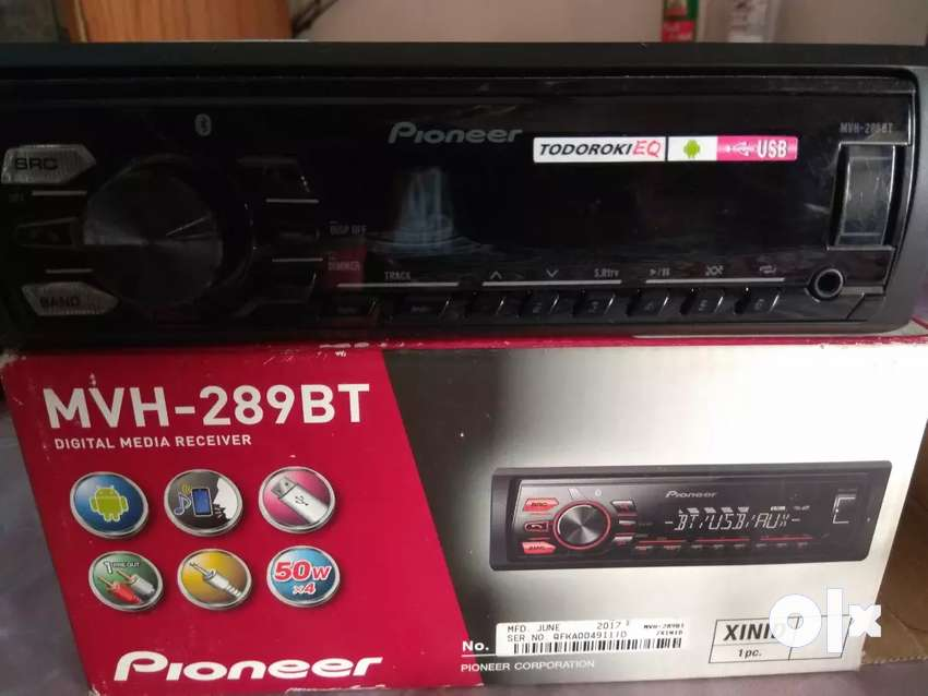 Pioneer sterio with Bluetooth 0