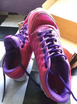 Sepatu Precise uk 39 ori (nego)