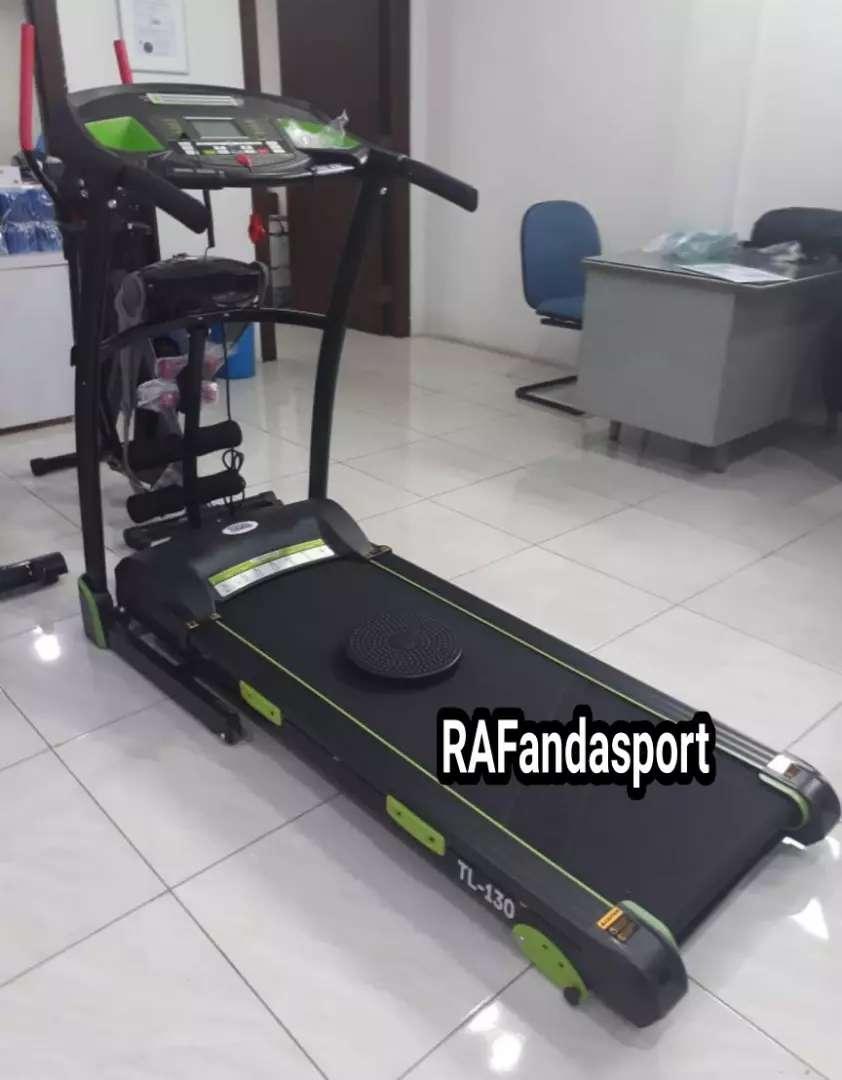 TL-130 Treadmill Elektrik 3 Fungsi 0