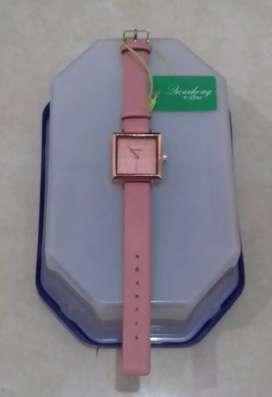 Jam tangan kotak import murah