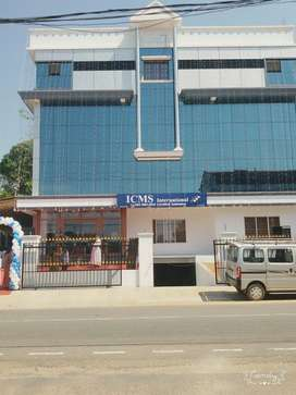 Executive Office space /suitable for class rooms&computer centers