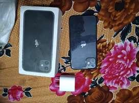 1 Year old Iphone 11 Black 64 gb