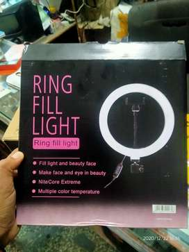 Ring fill light with tripod stand