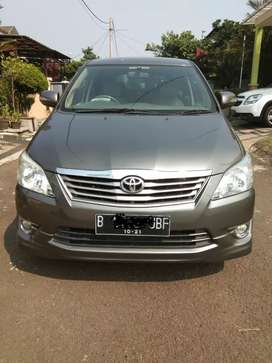 Innova Grand G Luxury 2.0 a/t 2011 akhir