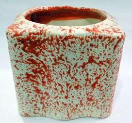 Ceramic pots Square shape