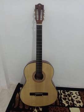 Gitar yamaha new