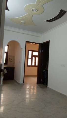 Semi furnished flats 2bhk flats for rent in new