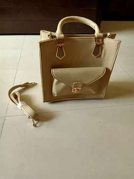 Designer Elegant Hand Bag , Size is 10/12 with 4 compartments