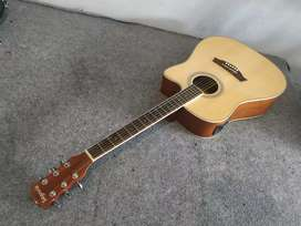Gitar.akustik eletrik original segovia