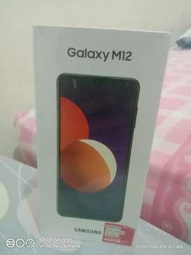 Samsung M12 4/64 warna black.